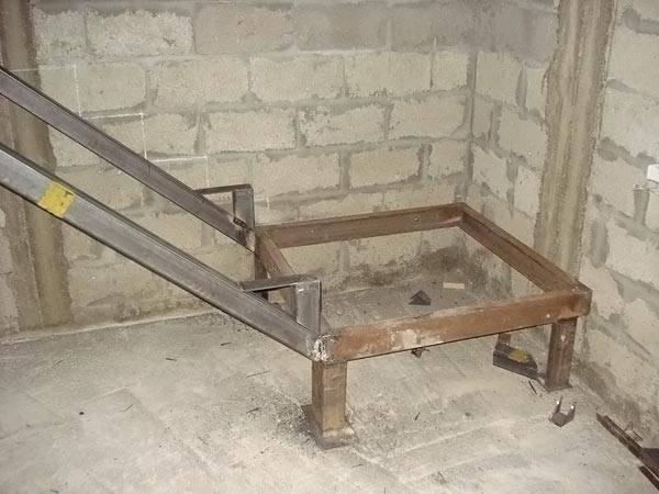 Каркас для маршевой лестницы