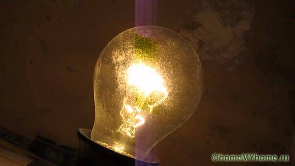 Из-за неправильного монтажа или помех могут мигать лампы