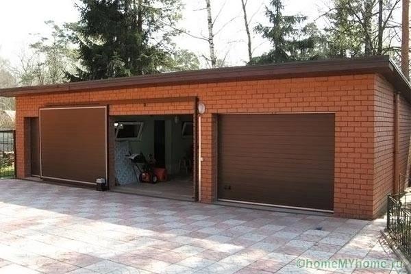 Для использования раздвижных ворот гараж должен иметь значительный запас по длине