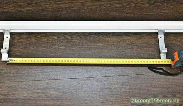 Рекомендуемое расстояние между кронштейнами 50 см