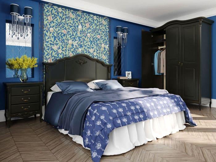 Около кровати на тумбочках вазы располагаются чаще всего. В стеклянную вазочку наливают воду, для полного восприятия растения как живого
