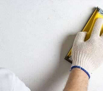 Подготавливаем поверхность под окраску