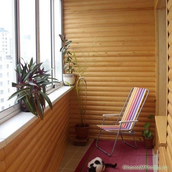 Оформление балкона блок-хаусом