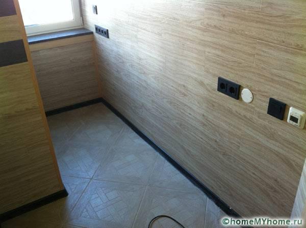 Отделка стен комнаты ламинатом