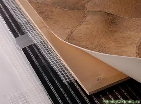 Потери тепла при использовании фанеры поверх теплого пола для настилки линолеума