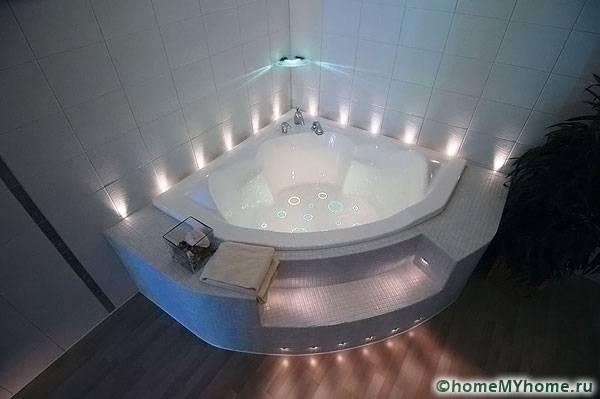 Эффектное освещение ванной комнаты