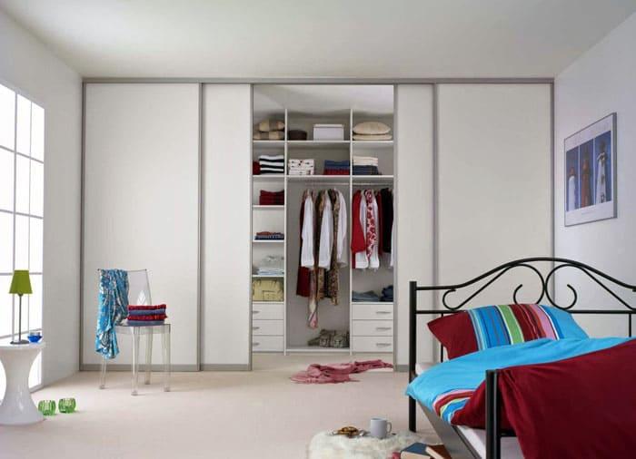 Система хранения должна стать больше, так как гардероб очень важен для юной девушки