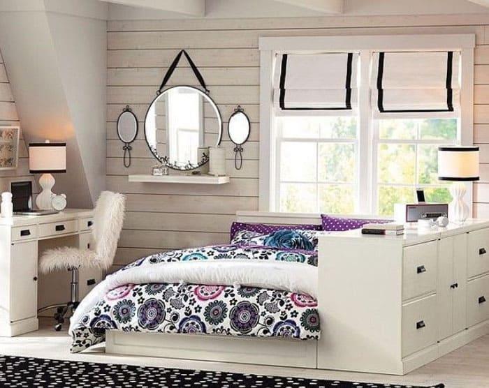Стиль может быть предельно простым, а расположение мебели максимально удобным