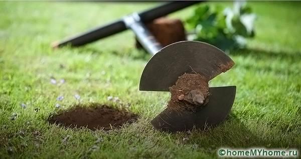 Диаметр садового бура для работы – 20 сантиметров