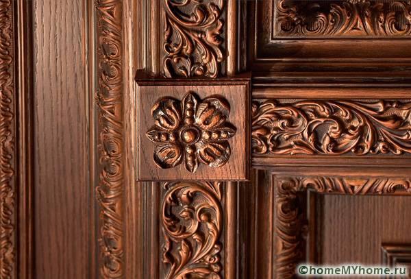Резные деревянные элементы могут быть настоящим произведением искусства