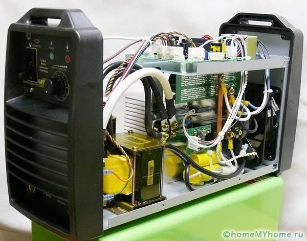 Инверторное устройство является крайне сложным прибором для самостоятельного ремонта