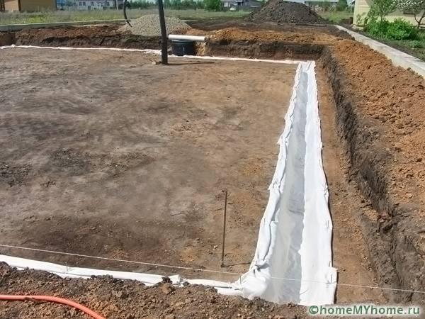Геотекстильный материал способствует прочности конструкции