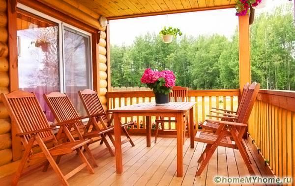 Открытая терраса может стать отличным местом для отдыха