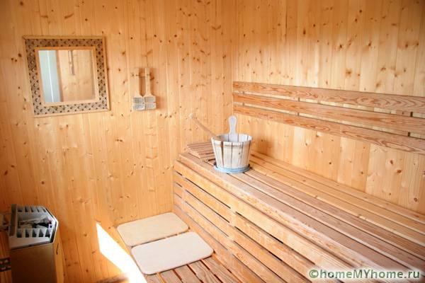 Качественная облицовка внутри банного помещения способна создать настроение