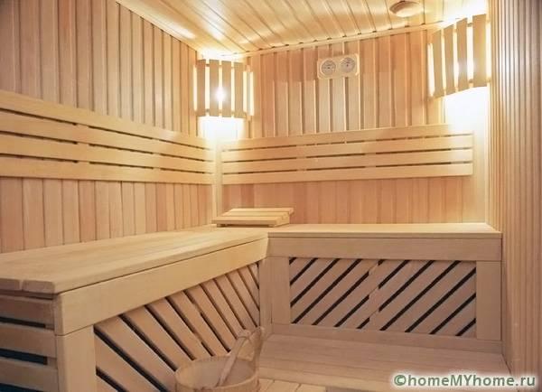 Выбор отделочных материалов зависит от размеров комнаты и запланированного варианта дизайна