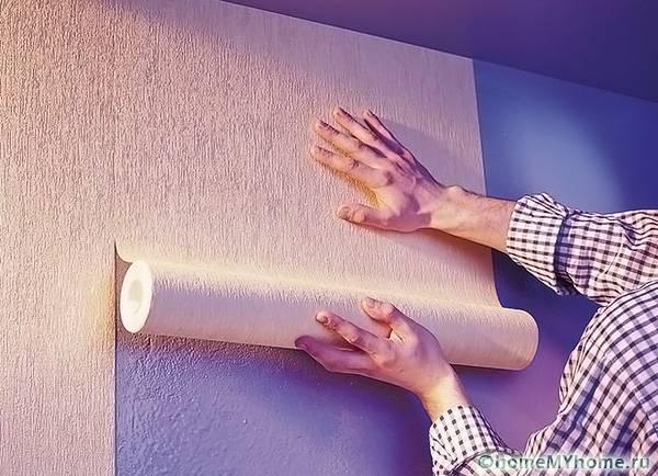 Аккуратная поклейка встык позволяет сохранить красоту узоров или текстуры