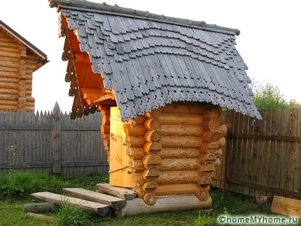 Для эстетов стоит попробовать соорудить необычную крышу