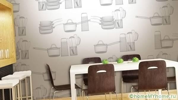 Благодаря стойкости к влаге подобный материал применяется в кухонной зоне