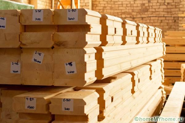Будущий дом поставляется в виде конструктора: все элементы промаркированы