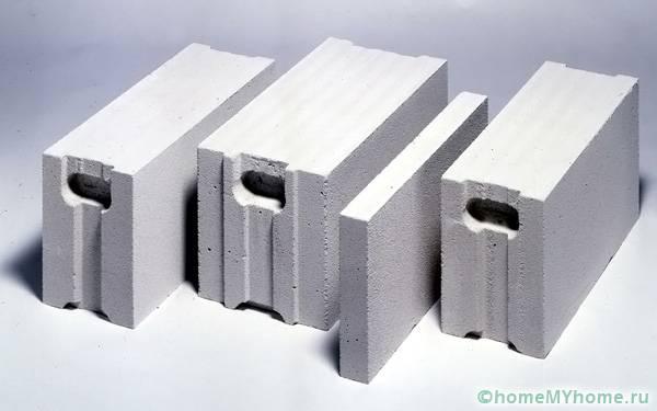 Показаны некоторые формы газоблоков с разными функциональными назначениями
