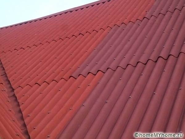 Ондулиновые пластины позволяют замаскировать самые необычные изгибы крыши