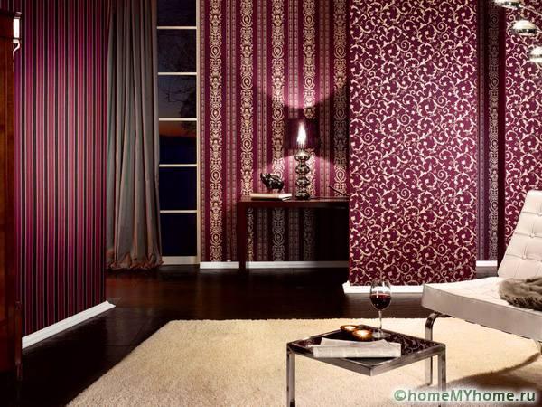 комбинированные обои в зал в квартире. Фото