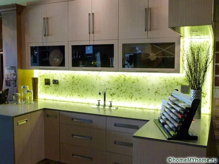 Пример использования панели в качестве подсветки