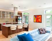 Гостиная, совмещенная с кухней: фото