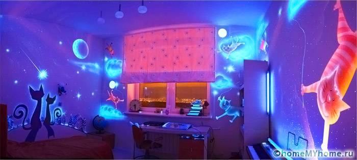 Светодиодные полотна могут стать настоящим украшением детской комнаты, но при этом отличаются дорогой ценой