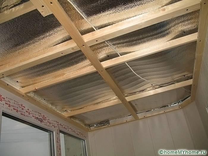 Монтаж обрешетки на потолке