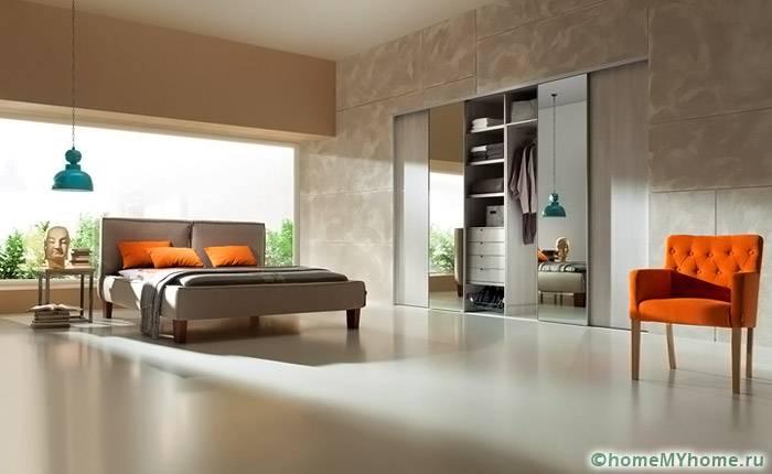 Грамотно подобранная панель станет отличным дополнением и украшением в комнате
