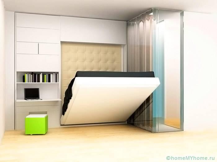 Встроенная кровать освобождает массу полезной площади