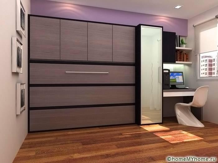 Фасад шкафа сочетается с остальной отделкой и мебелью обстановки