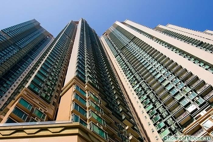 Наибольшие трудности возникают у владельцев объектов недвижимости на верхних этажах высотных зданий