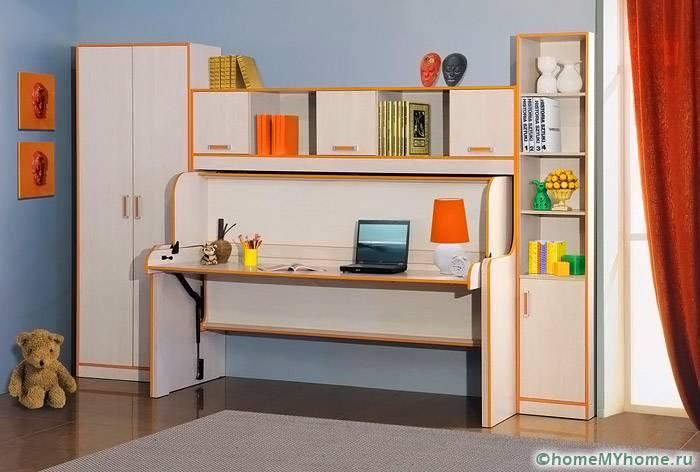 Подобные модели помогают идеально организовать рабочее место школьника