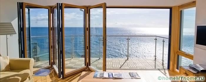 Модели из стекла идеально подходят для террас и веранд