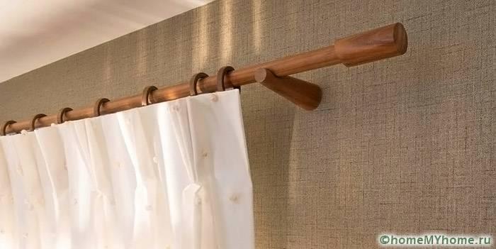 Модели из древесины подходят для многих современных интерьеров. Они отличаются традиционным дизайном
