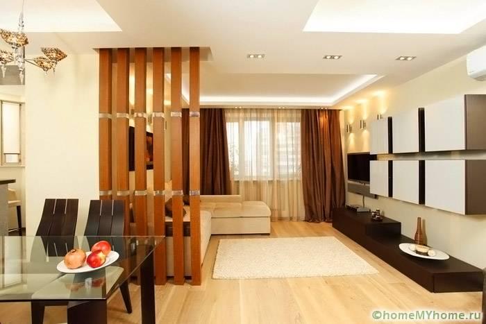 Дерево можно использовать при оформлении помещений в разных стилях