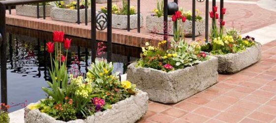 Бетонные уличные вазоны для цветов