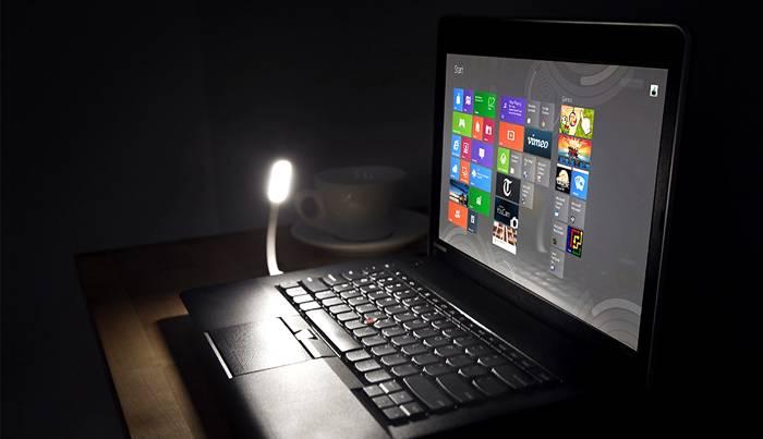 Освещение ноутбука светодиодами на гибкой ножке