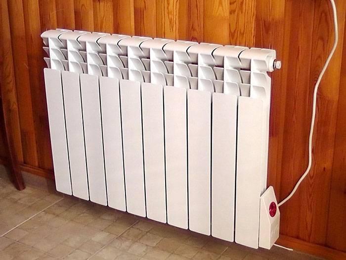 Конвектор можно повесить на стену, на потолок или поставить на пол