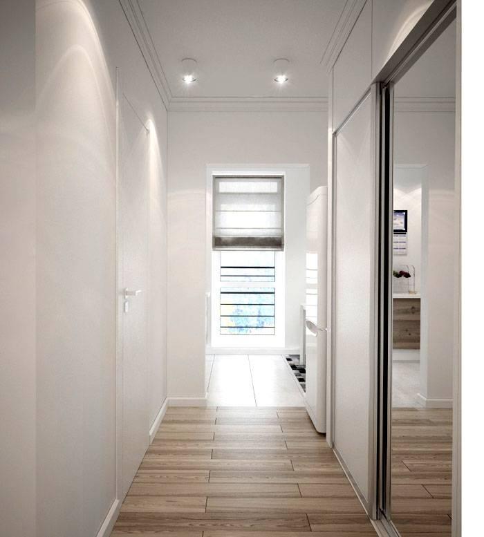 Гармоничное искусственное и естественное освещение коридора: фото иллюстрирует преимущества объединения двух методик