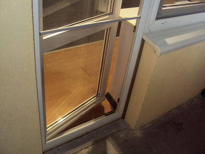 Притвор двери должен быть плотным