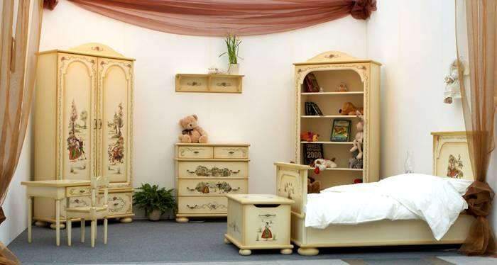 Декупаж для целого мебельного гарнитура в стиле прованс