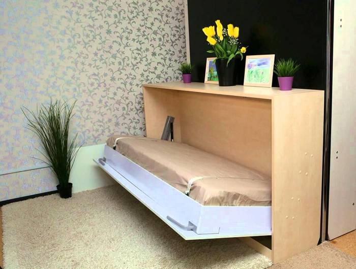 Подобная мебель значительно экономит пространство