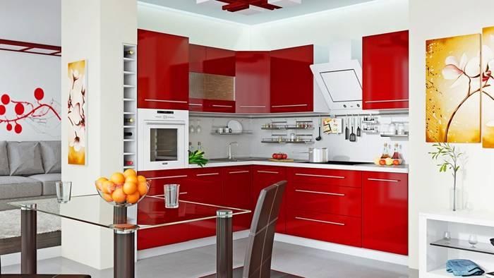 Хорошая вентиляция нужна на кухне – месте повышенной концентрации паров и ароматов пищи