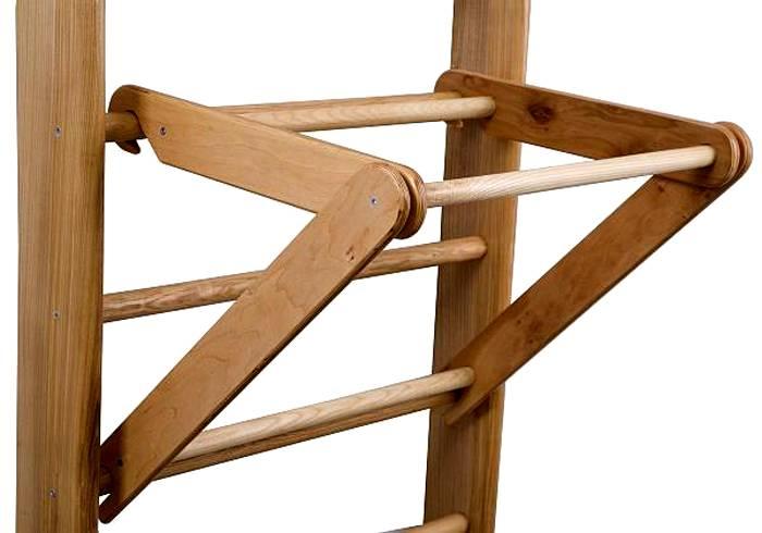 Способ крепления деревянного турника