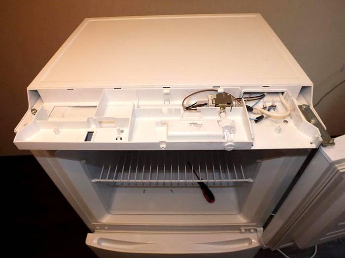 Осушитель воздуха можно сделать из холодильника