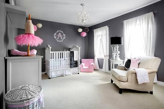 Розово-серая цветовая палитра для девочки