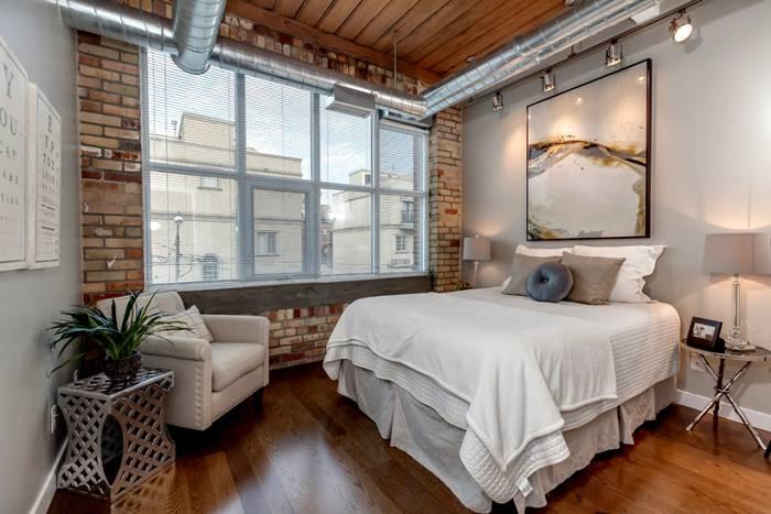 Даже спальню можно преобразить